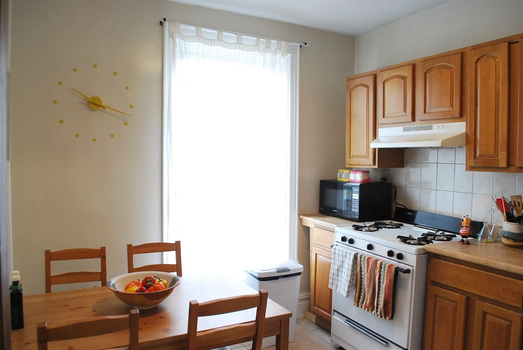 Eat in kitchen with full size stove and oven