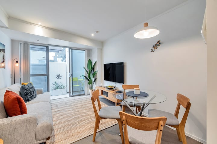 ☆ Chic 3 Bedroom l City Central + FREE PARKING ☆