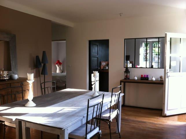 Maison à louer à 40 min de Paris - Boissy-sans-Avoir - House