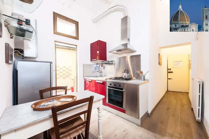 Stufa Apartment in the heart of Florence