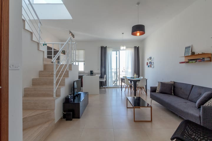 Brand New Duplex Penthouse w/ views - Gzira - Wohnung