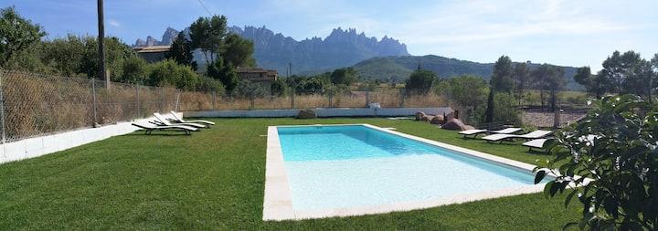 Estilo y Relax a los pies de Montserrat