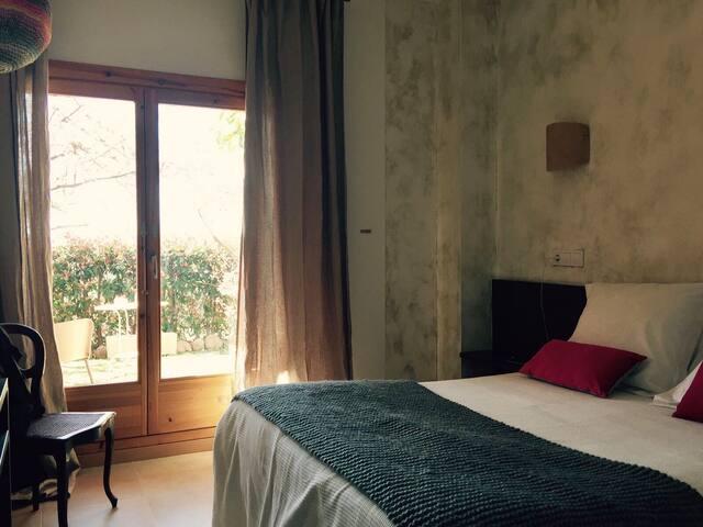 Una de las habitaciones(cada una con baño propio)