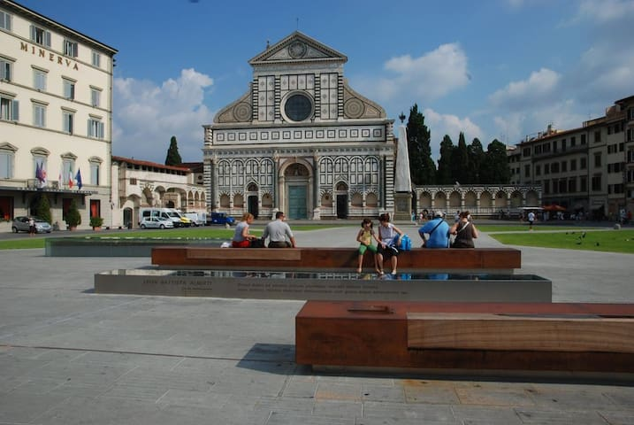 Few steps from Santa Maria Novella