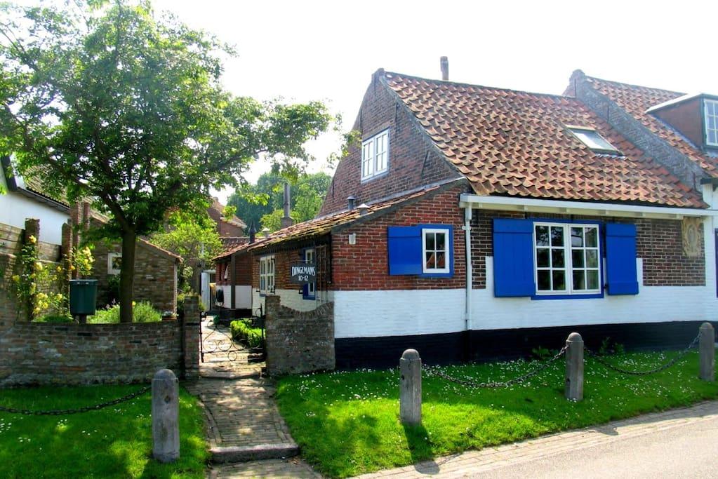 Charmant huis in westenschouwen huizen te huur in burgh for Huizen te koop zeeland