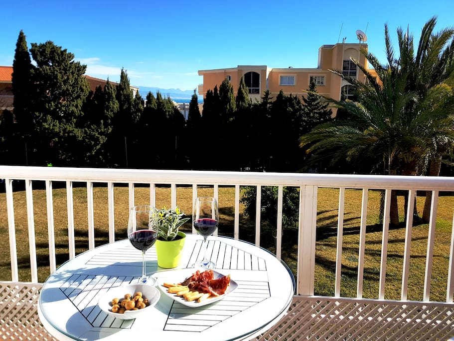 CASAIRILU: Sunny terrace with loveable view