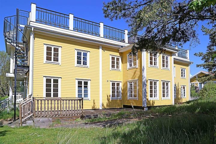 Exklusiv lägenhet -toppenläge nära havet - Österåker Ö - Wohnung