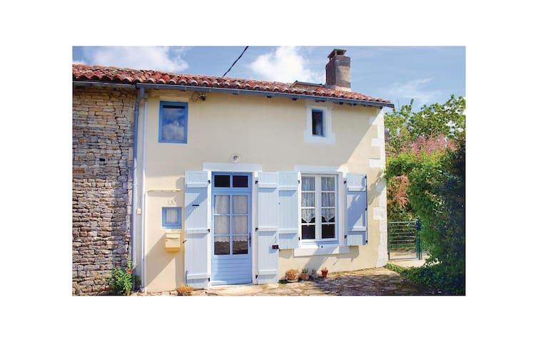 Semi-Detached with 1 bedroom on 0 m²