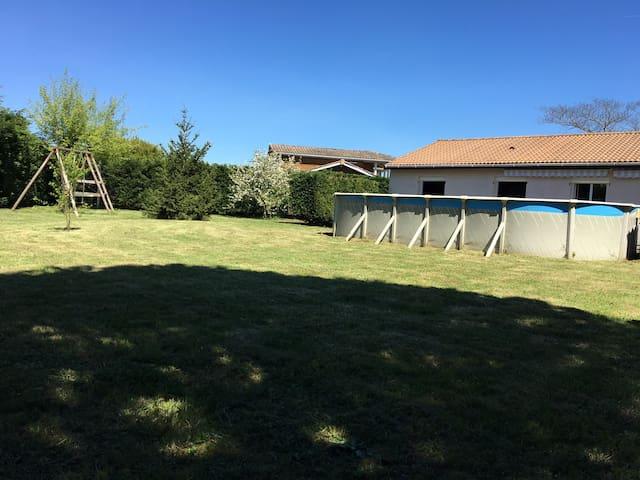 Jolie contemporaine de 100 m2 et son jardin de 1000 m2