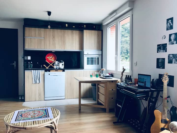 Chaleureux studio proche forêt, à 25 min de Paris