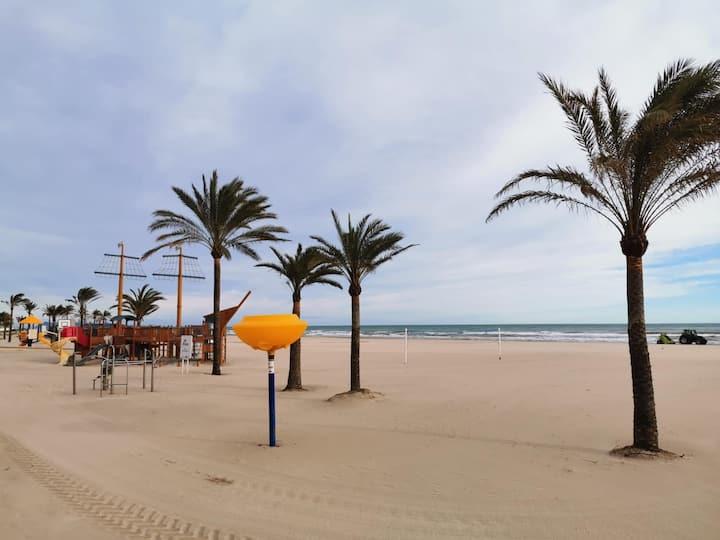 Playa Gandía,WiFi, A/A, 2a Linea de  Playa, 2 hab.