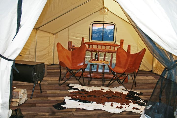 Rustic Rook Resort Homestead Tent - (3) Single