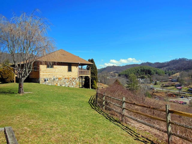Boone NC Mountain home