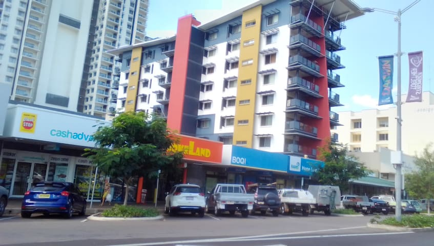 Apartment @ Goyder building in Darwin CBD