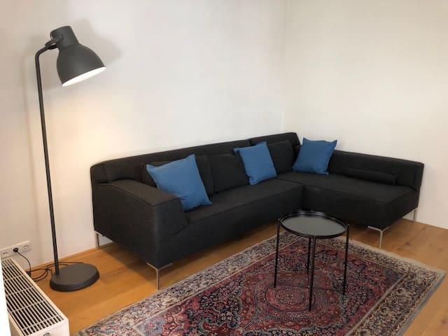 Nieuw ingericht appartement in Kralingen met tuin
