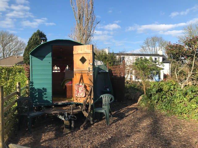 Caravaggio Shepherd's hut
