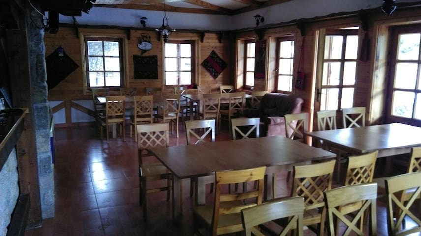 ETNO HOUSE - Petnjica - Bed & Breakfast