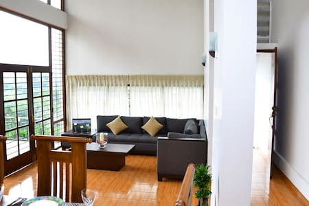 The Palisades - Privacy & Convinience with a VIEW - Kandy