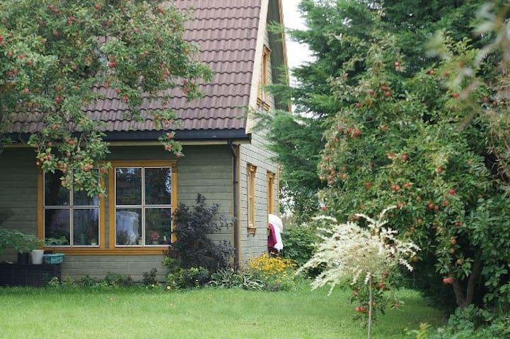 Landhaus in Wassernähe - Kramerhof - Huis