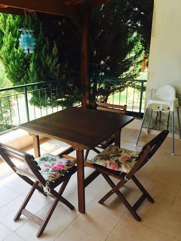 Stress-Free Condo, 10 mins to Beach - Karaağaç Belediyesi - Apartment