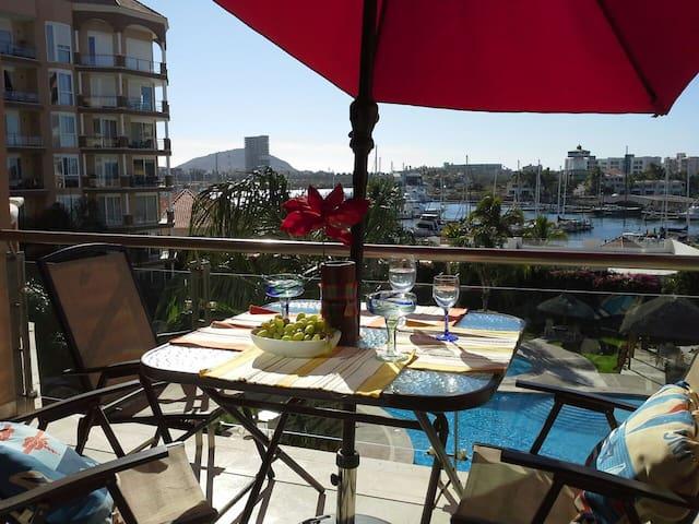 una de las mejores vistas en la terraza, para disfrutar desde tu desayuno.