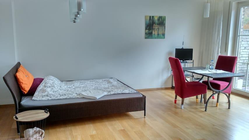 Großes Zimmer in kleinem Haus - Hamminkeln
