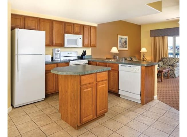 You'll be preparing delicious meals in no-time in the well-appointed kitchen