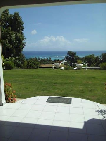 magnifique villa sur Marie Galante