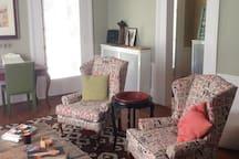 Living Room - w/fireplace