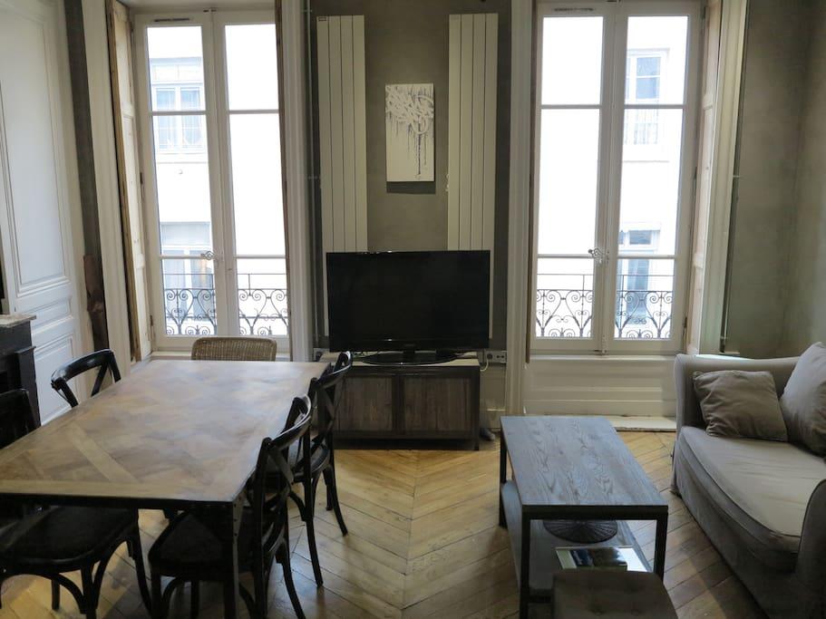 lyon 2 me appartements louer lyon rh ne alpes france. Black Bedroom Furniture Sets. Home Design Ideas