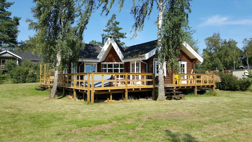 Bakkebølle Strand - Vordingborg - Hus i træerne