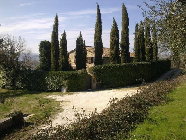 """Todi -  Villa """"L'Illuminata""""  - Todi - ที่พักพร้อมอาหารเช้า"""