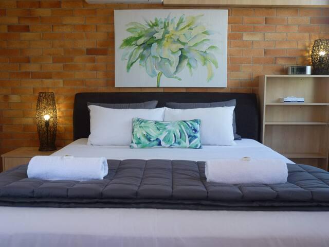 Beachfront Apartment Hervey Bay - Ground Floor
