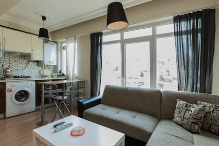 Cosy and Quiet  Apartment in Taksim - Stambuł