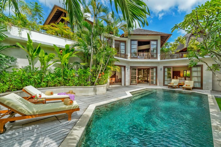 Seminyak Penthouse Villa with large private pool