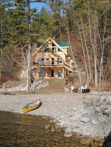 Waterfront Cabin on Lake Okanagan   - Central Okanagan G - Kabin