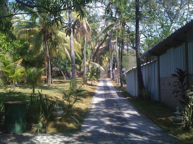 casa de playa QI-X - La Libertad, El Salvador - Casa