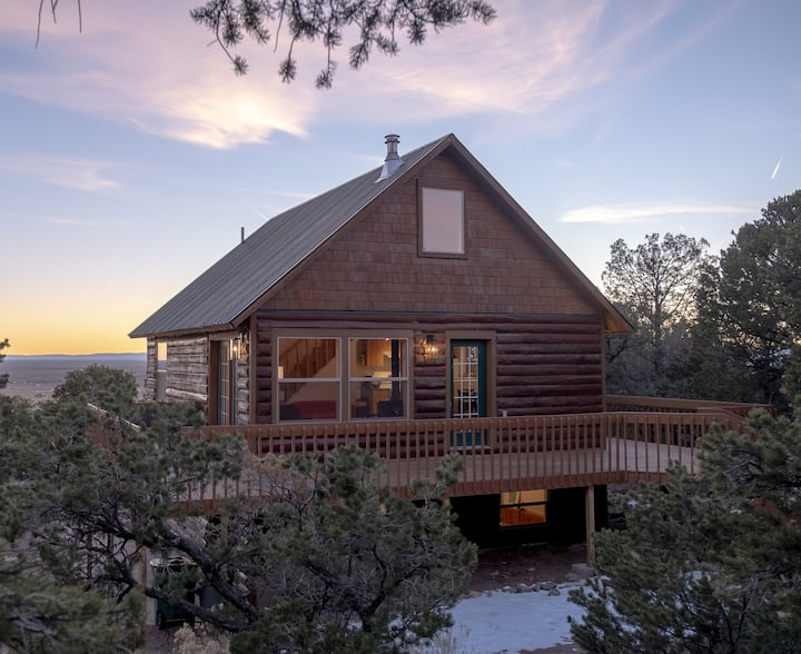 Luxury Cabin in the Woods with Breathtaking Views