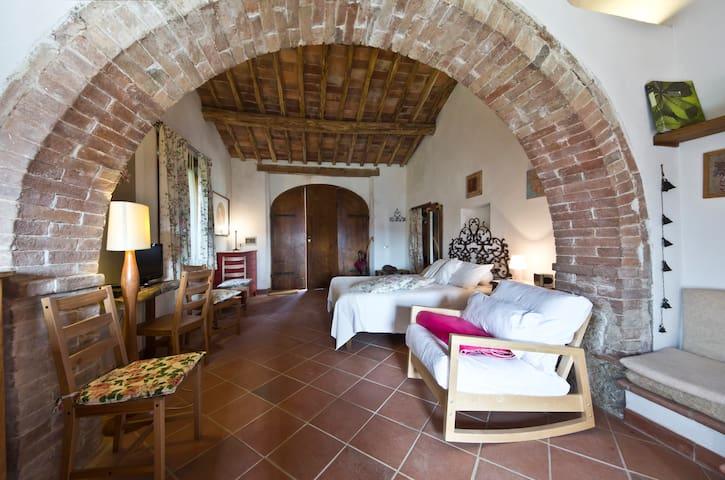 Casa rurale openspace a San Galgano - Colordesoli - House