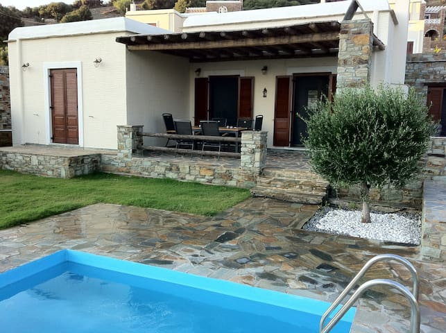 VILLA ELMADA, luxury summer house @ Fellos, Andros