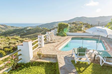 Casa Montilla - Distruta del mar y montaña