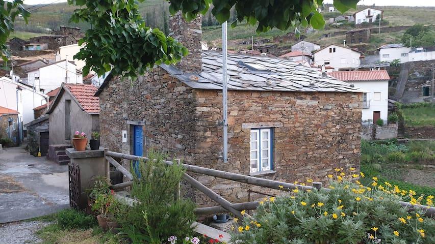 Casa do Loureiro - Magnífica Serra do Açor