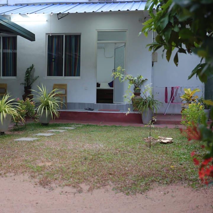 Araliyawhitehouse inn