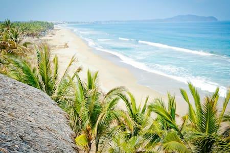 Amazing Views, Beach Front House, Great Swimming! - Punta de Mita - Hus