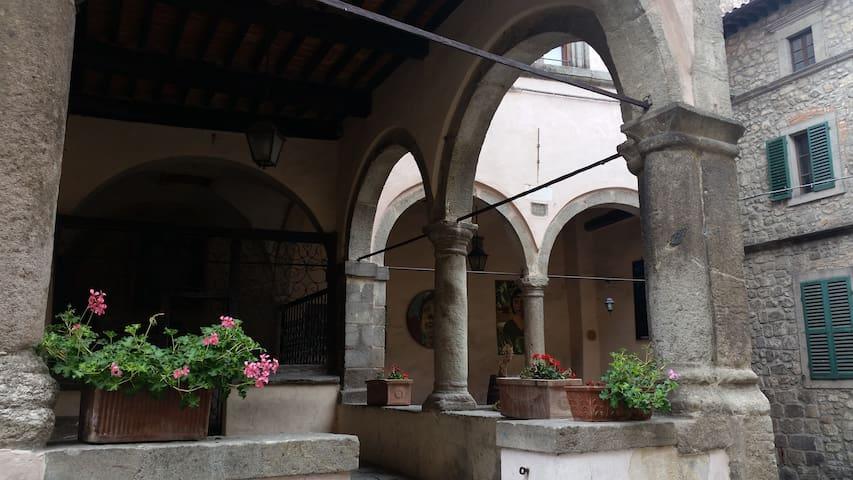 Martini alle Logge - Casa delle Logge - 2^p. - Castel del Piano - Lägenhet