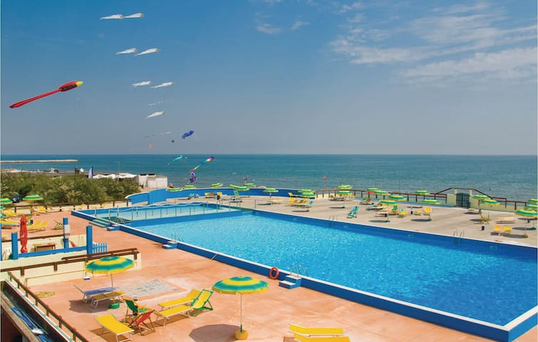Holiday apartment with 1 bedroom on 29m² in Rosolina Mare RO