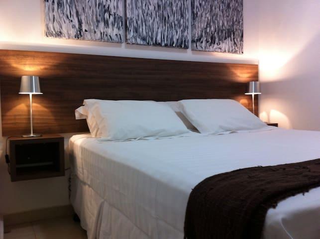 Apto de 2 quarto, Confortável e Bem Localizado.