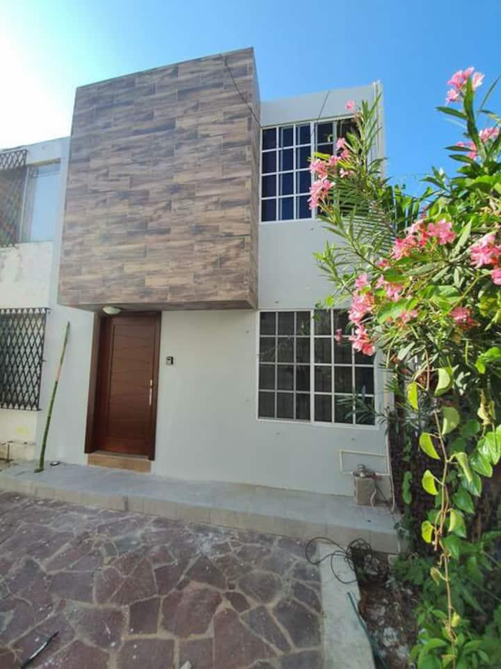 Casa a 1 cuadra de Av Hidalgo x plaza Altavista