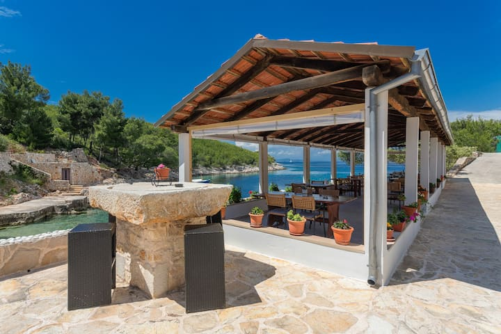 Hvar holiday villa in the secluded bay!