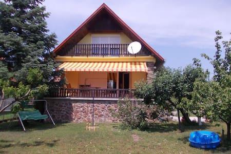 Cottage near Lake Balaton, Hungary - Ábrahámhegy